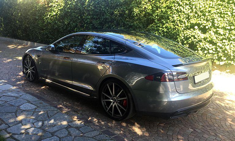 Tesla Model S P100D 71